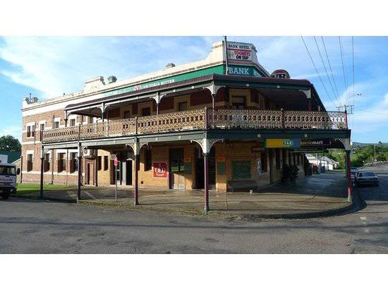 Bank Hotel Dungog - Adwords Guide