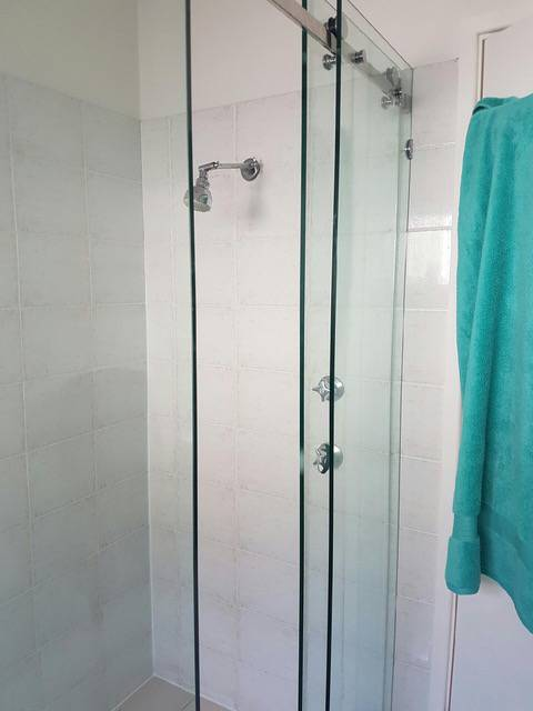 Bayview Home SolutionsShower Screens - Adwords Guide